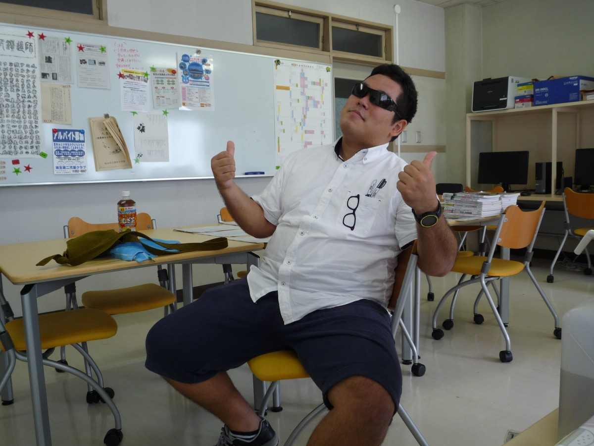 怪しいお相撲さん先生来ました。